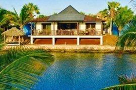 Waterlands Village waterfront cottage #13 at 100 Kaya International, Kralendijk, Caribisch Nederland for